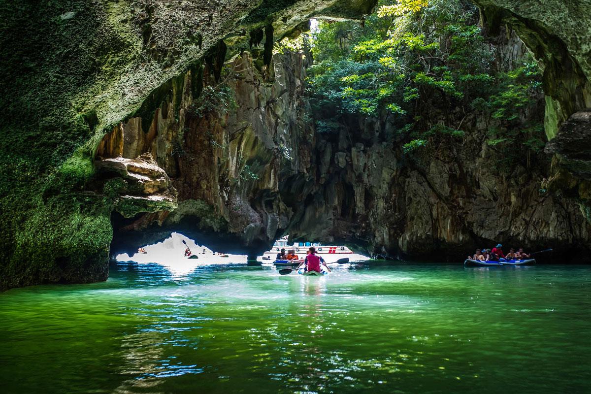 Canoeing at Hong Island