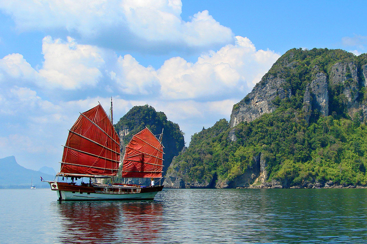 James Bond island tour by June Bahtra