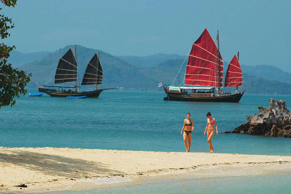 James Bond island tour by June Bahtra